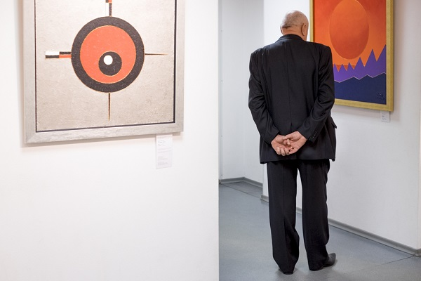 Виставка митця й майстра йоги Андрія Сідерського триває в Музеї Історії Києва