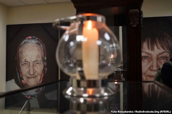 Фотограф Луїджі Тоскано презентував проект, присвячений жертвам Голокосту