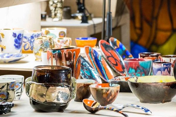 Виставка «Славкерампродукт» досліджує вплив кераміки на життя людей