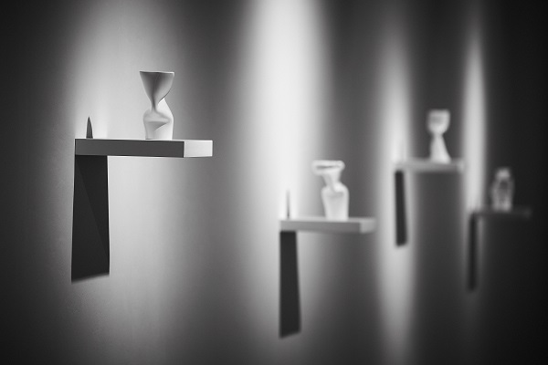 Виставка Марти Ващук досліджує вплив тиску на речі та явища