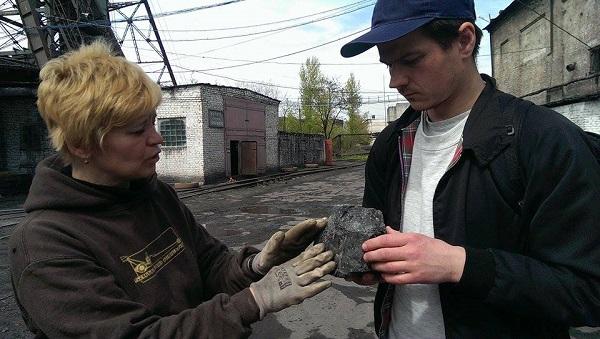 Вова Воротньов пішки пройде з заходу на схід України, несучи вугілля