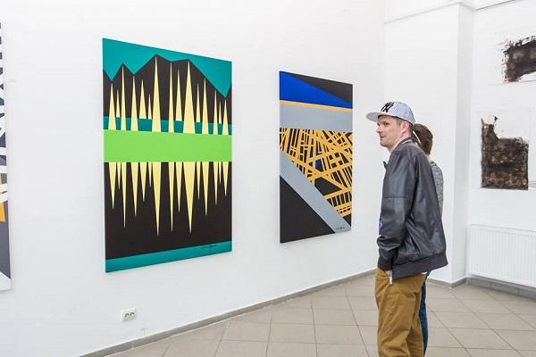 Молоде покоління митців представило свій погляд на майбутнє та його ризики