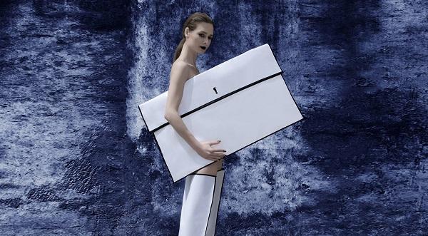 Бренд Polina Veller створив колекцію клатчів спільно з сучасними митцями