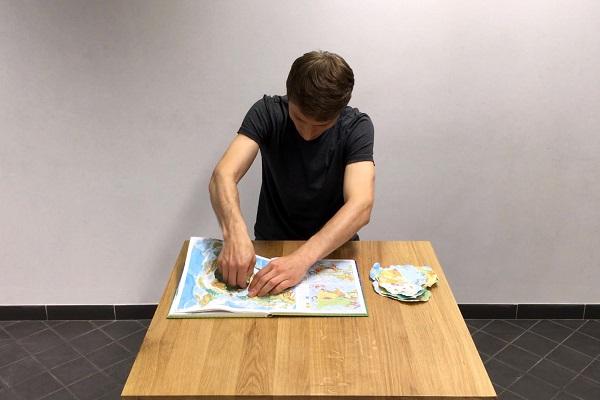 Віталій Шупляк представить проект про сигнали, кордони та ідентичність