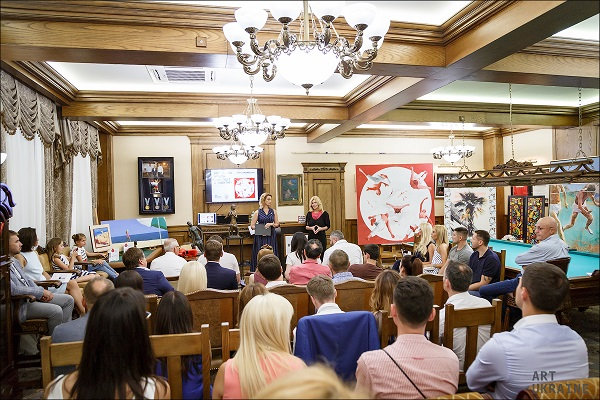 Ініціатива #SOSмайбутнє успішно провела благодійний аукціон у Києві