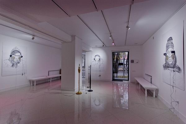 У Полтаві відкрилася групова виставка сучасних митців «Білим по білому»