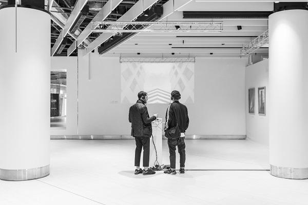 У київському ЦУМі відкрилася виставка «Сучасна архітектурна фотографія»