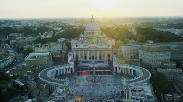 У кінотеатрах України покажуть 3D-тур Собором Святого Петра