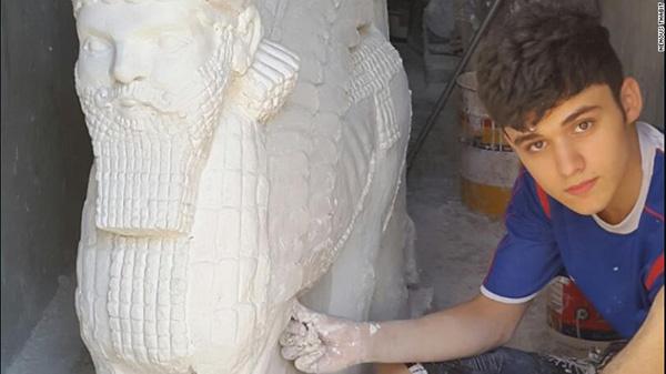17-річний підліток рятує ассирійське мистецтво від бойовиків